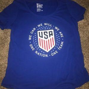 USA WOMENS NATIONAL TEAM SHIRT